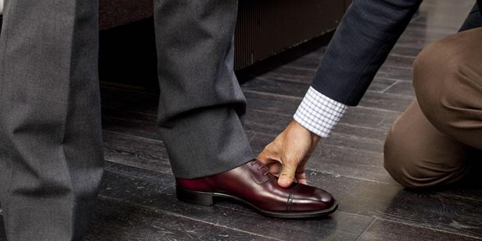 革の基礎知識 - 『靴に合わせるのではなく、足に合わせる靴選び』を公開しました。