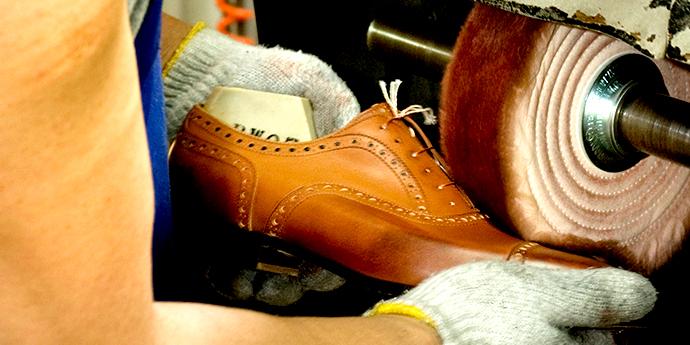 革製品の基礎知識 - 『革靴ができるまで』を公開しました。
